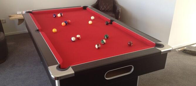FJ North Lda The Slimline Pool Table In Black And Red - Black and red pool table
